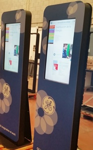 totem-interactivo-catalogo-tactil